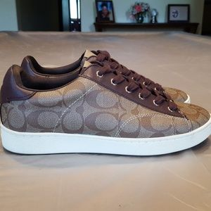 COACH LOW TOP SNEAKER